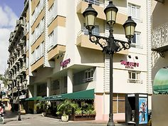 Check it out! Hotel Mercure Comercial Santo Domingo