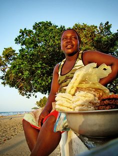 Las cocadas son tradicional del caribe y provienen de nuestras ancestras matronas africanas. #Historia #Comidatípica