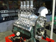Blown flat-head Lincoln V12, a very very old school motor!