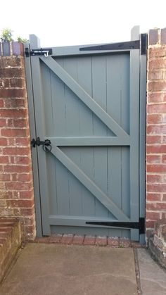 The Brentwood pedestrian gate. A strong and secure gate constructed from redwood pine with a paint finish.