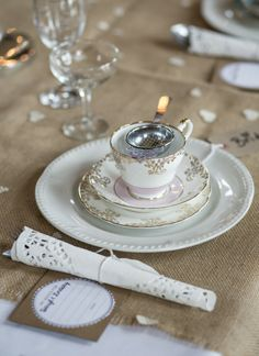 My Vintage Flower is a vintage wedding styling service that is here to help you create your perfect, individual setting for your magical day. Planner Decorating, Vintage Flowers, Wedding Styles, Wedding Reception, Wedding Planner, Tea Cups, Wedding Flowers, Wedding Decorations, Tableware