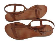 n.d.c. | t-strap sandal (via http://www.wherethelovelythingsare.com/home/wear-dream-outfits-2.html)