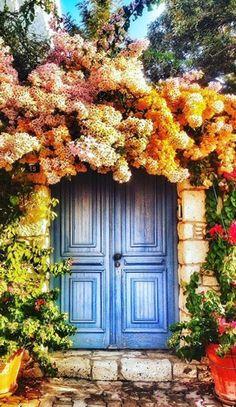 I love the way it's surrounded by foliage. Alaçatı, İzmir, Turkey