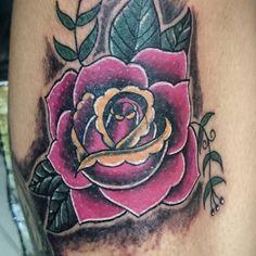 Tattoo  de él dia  #rosetattoo #tattoooftheday