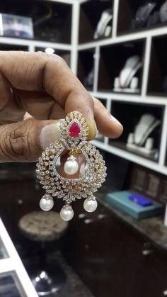 Chandbalies diamond