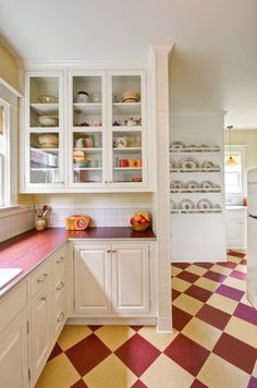 Best Home Traditional Kitchen Design in Retro Style and Laminate ...