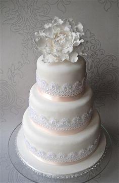 Tendencias en bodas 2012: Tortas con cintas de encaje