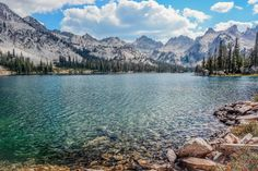Alice Lake Sawtooth Wilderness Idaho [OC] -Please check the website for more pics Places To Travel, Places To See, Travel Destinations, Ketchum Idaho, Sawtooth Mountains, Rocky Mountains, Boise Idaho, My Escape, Vacation Spots