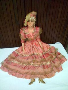 Ancienne-poupee-de-salon-robe-d-origine-en-soie-French-boudoir-doll-ca-1920