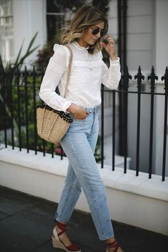 light blue mom jeans, a white cotton lace blouse with a turtleneck and long sleeves, wedges and a woven bag Casual Outfits, Fashion Outfits, Womens Fashion, Easy Style, Trendy Style, Espadrilles Outfit, Blue Mom Jeans, Paige Jeans, Outfit Vestidos