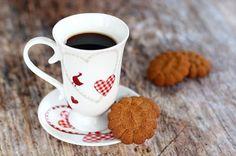 Kinyomós keksz (paleo) Paleo Dessert, Snacks, Mugs, Tableware, Appetizers, Dinnerware, Cups, Mug, Dishes