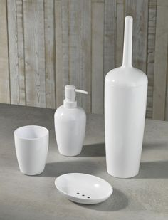 TFT Home Furniture | BP09-WHITE | Sets of bath accessories in Florida Plastic