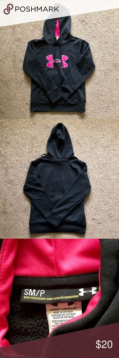 02e20b0e608 Under Armour Women s Hoodie Size S 👉Great Condition 👉Size S 👉No Pilling