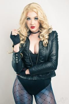 Character: Black Canary (Dinah Laurel Lance) / From: DC Comics 'Birds of Prey' / Cosplayer: Leah Burroughs (aka Callie Cosplay) Callie Cosplay, Dc Cosplay, Cosplay Outfits, Best Cosplay, Cosplay Girls, Cosplay Costumes, Marvel Cosplay, Black Canary Costume, Short Fitness