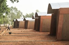 Kere-Architecture - Project - Teachers housing in Gando - Vernacular Architecture, Sustainable Architecture, Contemporary Architecture, Architecture Design, Francis Kere, Children In Africa, House Fan, Prefabricated Houses, Green Building