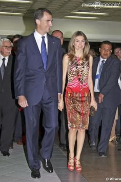 Dress by Felipe Varela Dutch Queen, Dress Skirt, Dress Up, Armani Privé, Style Royal, Estilo Real, Spanish Royal Family, Royal Queen, Save The Queen