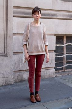Vanilla knit sweater, rose red skinny jeans, leather shoes
