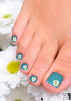 53 Strikingly Easy Toe Nail Art Designs Beautified Designs White and Blue Dotted Toe Nail Designs Simple Toe Nails, Cute Toe Nails, Summer Toe Nails, Toe Nail Art, Pretty Nails, Easy Nails, Summer Pedicures, Pretty Toes, Acrylic Nails