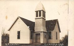 E40/ Clermont Indiana In Real Photo RPPC Postcard 1911 M.E. Church Building Photo Postcards, Vintage Postcards, Old Churches, Church Building, Covered Bridges, Indiana, Catholic, Ohio, Cabin