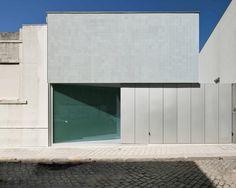 Correia Ragazzi Arquitectos - Ricardo Pinto house, Porto. Photos (C) Luis Ferreira Alves.