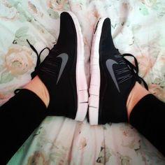 Black Nike Free Run 5.0
