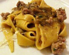 Roma in Bocca - Ricetta Maltagliati ai carciofi Tortellini, Penne, Tasty, Yummy Food, Gnocchi, Lasagna, Food Inspiration, Pasta Recipes, Spaghetti