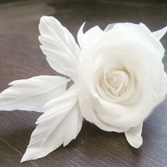Rose Bridal Headpiece Bridal Hair Flowers, Silk Flowers, Wedding Dress Accessories, Wedding Dresses, Bridal Headpieces, Icing, Trending Outfits, Rose, Unique Jewelry