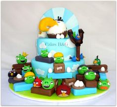Angry Birds and Mighty eagle cake - Cake by cakesbg Angry Birds Birthday Cake, Angry Birds Cake, Birthday Cakes, Baby Shower Cakes For Boys, Bird Cakes, Cake Videos, Homemade Baby, Cake Tutorial, Themed Cakes