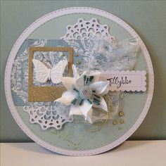 Hjemmelavet rundt tillykke kort.  Dies: Crea-nest-lies XXL - No.21 My favorite things - Stitched mini scalloped rectangle + Pierced tags Gummiapan - Polaroid Cheery Lynn Designs - Canadian kaleidoscope tiny doily Clear stamps- Kaisercraft - crackle