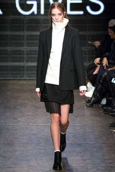 DKNY Fall 2015 Ready-to-Wear - Collection - Gallery - Style.com       | Le Fevrier |