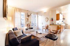 Ganhe uma noite no Lovely & Cosy Room near Batignolles - Apartamentos para Alugar em Paris no Airbnb!