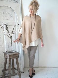 New Sewing Clothes Women Tunics Stitches Ideas Fashion Over 50, Look Fashion, Autumn Fashion, Womens Fashion, French Fashion, Fashion Design, Mode Outfits, Fall Outfits, Casual Outfits