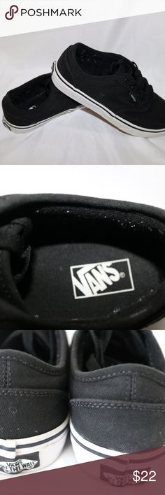 BLACK-AND-WHITE-VANS-YOUTH-SIZE-4-5  BLACK-AND-WH ITEM IS A PAIR OF YOUTH SIZE VANS SNEAKERS IN A SIZE 4.5 COMES FROM A SMOKE AND PET FREE HOME, ITEM IN IN GOOD USED CONDITION Vans Shoes Sneakers