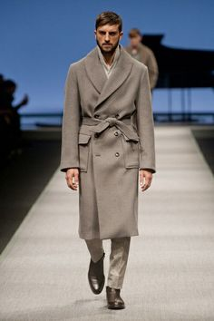 MMU FW 2014-15 – Canali See all the catwalk on: http://www.bookmoda.com/sfilate/mmu-fw-2014-15-%E2%80%93-canali/ #canali #milan #fall #winter #catwalk #menfashion #man #fashion #style #look #collection #MMU