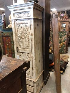 Antique OLD Ivory White Single Door Wardrobe Wood Storage Cupboard Tall Cabinet Antique Armoire, Antique Furniture, Wood Furniture, Furniture Storage, Cabinet Furniture, Cupboard Storage, Wood Storage, Single Door Wardrobe, Indian Doors