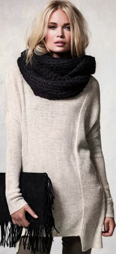 How to wear big scarf? Knit big scarf and knit sweater are fall wardrobe essentials. While most girl prefer to create warm and cozy outfits with these items, fashionable and polished outfits are also available.
