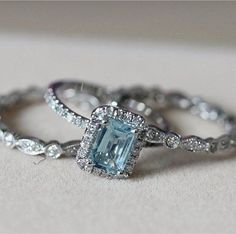 Herkese mutlu hafta sonları. #mücevher #pırlanta #yüzük #gold #elişi #diamond #yüzük #elişi #micro #setting #kuyumculuk #elmas #kolye #18k #imalat #tasarım #kapalıçarşı #Alenicos http://turkrazzi.com/ipost/1518733981154266112/?code=BUToIJfA8wA