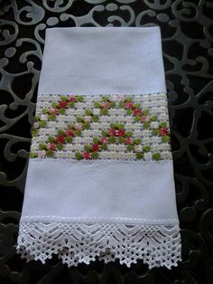 Hardanger Embroidery, Embroidery Stitches, Embroidery Patterns, Hand Embroidery, Crochet Patterns, Types Of Embroidery, Learn Embroidery, Yarn Crafts, Diy And Crafts