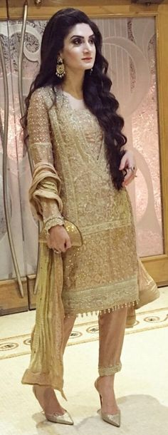 Evening glam in Shehla Chatoor