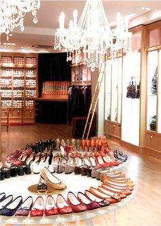 Repetto shoes ! Terribly perfect ..