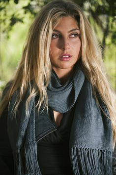 Pearl Collection in Eco Grey by Elizabeth Koh! Hand knit from 100% cotton yarn. Get yours at www.elizabethKoh.com #handmade #elizabethkoh #ethicallymade #winterscarf #giftidea #giveback #grayscarf #holiday #sageerickson #fallscarf #grey