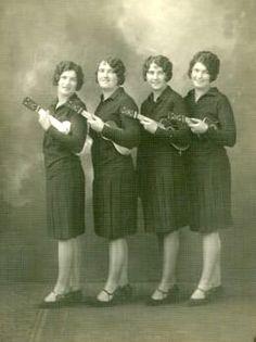 otra girl uku band? Vintage Photographs, Vintage Photos, Pineapple Ukulele, Cool Ukulele, Daguerreotype, Old Pictures, Mini, Worship, The Past