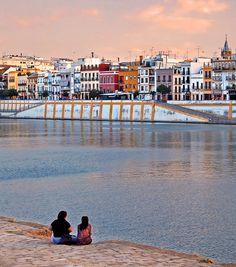 Triana, desde Sevilla, Andalucía_ Spain