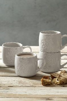 Impressive tableware to complement your sumptuous spread! Browse beautiful dinner sets and serveware. Kitchen Dining, Kitchen Decor, Dining Room, Serveware, Tableware, Dinner Sets, Serving Dishes, Modern Rustic, Tea Cups