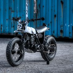 Très cool: Dinamax's custom Yamaha TW125