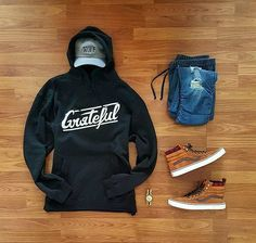 WEBSTA @ grant_michaels_ - Check out @gratefulapparel to get your hands on some awesome.e products!🔥Tap for brands!✌▫▫▫▫▫#photo #thursday #hypebeast #ootd #wiwt #wdywtgrid #highsnobiety #todayimwearing #mensfashion #mensstyle #wiw #outfitoftheday #fashion #fashionpost #vsco #vscocam #outfitgrid #vansfiles #instakicks #whatiwore #streetwear #ootn #streetstyle #picoftheday #photooftheday #simplefits #fashionblogger #igsneakercommunity #complexkicks #streetart