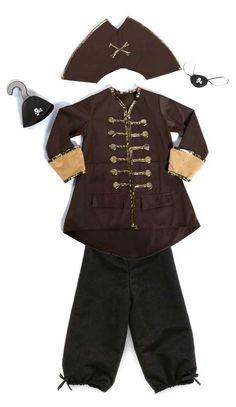 chi ha paura dei pirati? Costume e accessori da Capitan Uncino