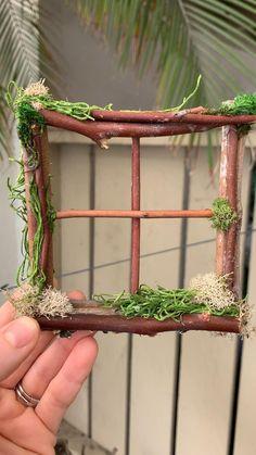 Fairy House Crafts, Fairy Tree Houses, Fairy Garden Houses, Garden Crafts, Twig Crafts, Fairy Garden Doors, Fairy Garden Furniture, Mini Fairy Garden, Fairy Doors