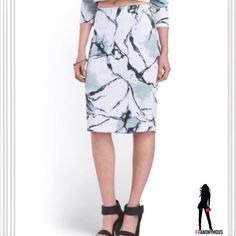 """Marble Print Stretch Pencil Skirt M Concrete/marble print stretch skirt from CARMEN Carmen Marc Valvo. Wear with coordinate concrete print crop jacket as shown or accent and update your wardrobe with this lust worthy print. 89%poly/11% spandex. Zipper back. Also available in S. Small has 26"""" waist and M has 29"""" waist. Jacket available in separate listing. Carmen Marc Valvo Skirts"""
