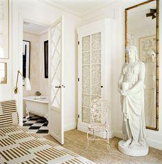 L'appartement parisien du galeriste Pierre Passebon © Vincent Leroux (AD n°103, septembre-octobre 2011)